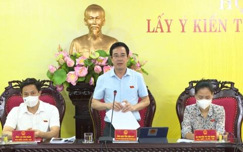 Tổ chức hội thảo lấy ý kiến tham gia dự án Luật Thi đua khen thưởng sửa đổi