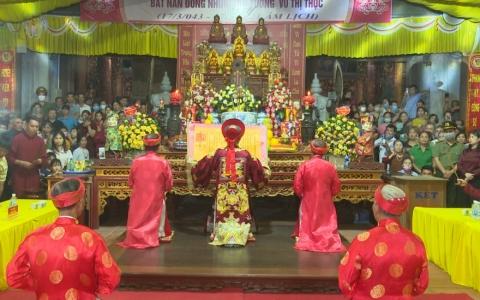 Đền Tiên La tổ chức lễ dâng hương