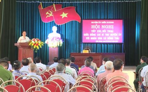 Bí thư Huyện ủy Kiến Xương đối thoại với nhân dân xã Hồng Thái