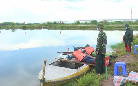 Huấn luyện dân quân tự vệ vùng ven biển
