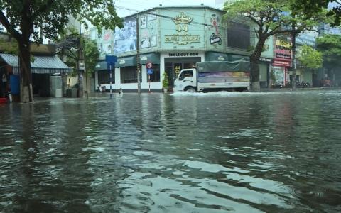 Thành phố thống nhất các giải pháp chống ngập úng cục bộ