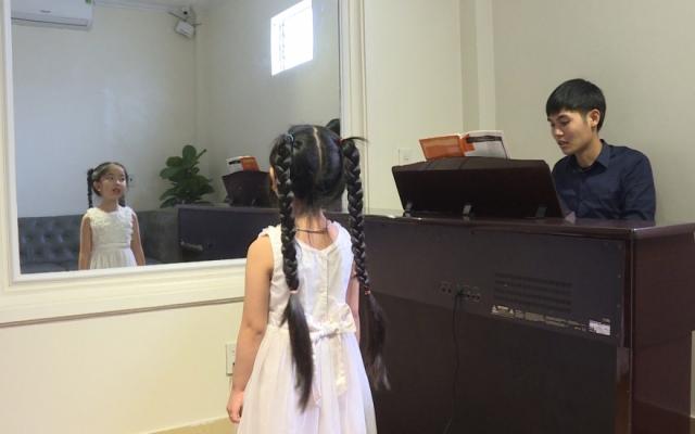 Kĩ năng thanh nhạc cho trẻ dưới 15 tuổi