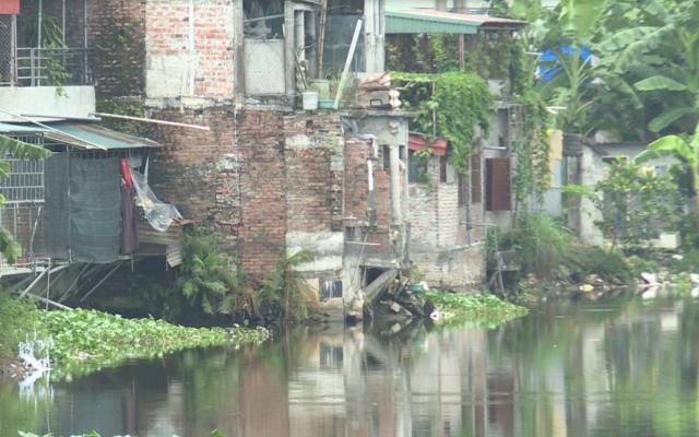Lấn chiếm dòng chảy nghiêm trọng tại huyện Tiền Hải