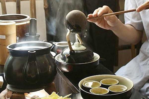 Nghệ thuật uống trà Việt Nam - Khách sạn CHICLAND
